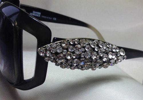 Regalo original para tus gafas de moda